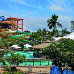 Отель Splash Beach Resort Таиланд, пляж Май Кхао - 10 отзывов об отеле, цены и фото номеров - забронировать отель Splash Beach Resort онлайн бассейн