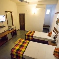 Отель Alakamanda Шри-Ланка, Анурадхапура - отзывы, цены и фото номеров - забронировать отель Alakamanda онлайн комната для гостей фото 5