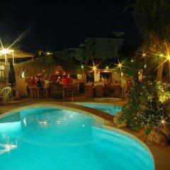 GR Mayurca Hotel бассейн