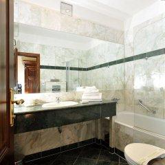Grand Hotel Praha ванная фото 2