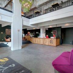 Отель Meininger Brussels City Center Брюссель интерьер отеля фото 3