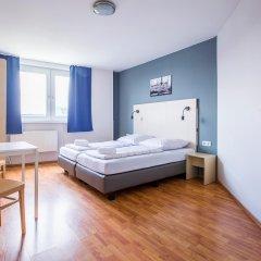 Отель a&o Hamburg Hauptbahnhof комната для гостей фото 2