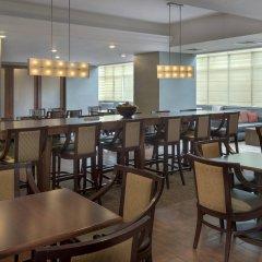 Отель Hampton Inn NY-JFK Jamaica-Queens США, Нью-Йорк - 1 отзыв об отеле, цены и фото номеров - забронировать отель Hampton Inn NY-JFK Jamaica-Queens онлайн питание фото 2