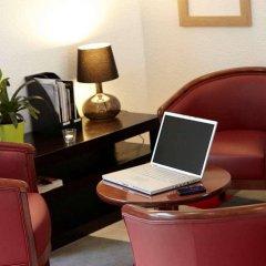 Отель Kyriad PARIS NORD - Ecouen La Croix Verte удобства в номере фото 2