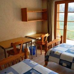 Отель Jacqueline 1 - Three Bedroom Швейцария, Гштад - отзывы, цены и фото номеров - забронировать отель Jacqueline 1 - Three Bedroom онлайн комната для гостей фото 4