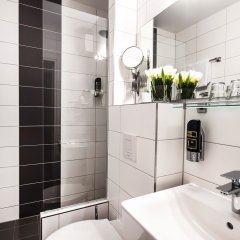 Hotel Metropol Мюнхен ванная фото 2