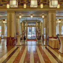 Отель Majestic Plaza Чехия, Прага - 8 отзывов об отеле, цены и фото номеров - забронировать отель Majestic Plaza онлайн интерьер отеля фото 3