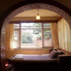 Отель Sam's Patio Bed And Breakfast Непал, Лалитпур - отзывы, цены и фото номеров - забронировать отель Sam's Patio Bed And Breakfast онлайн комната для гостей фото 3