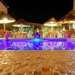 Отель L'Homme du Désert Марокко, Мерзуга - отзывы, цены и фото номеров - забронировать отель L'Homme du Désert онлайн бассейн фото 3