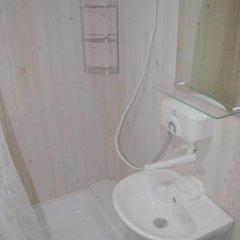 Гостиница Domiki u Morya в Анапе отзывы, цены и фото номеров - забронировать гостиницу Domiki u Morya онлайн Анапа ванная фото 3