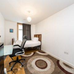 Отель NEW 2 Bedroom Flat in the Heart of Holloway комната для гостей фото 2