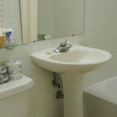 Отель Capital Hill Hotel & Suites Канада, Оттава - отзывы, цены и фото номеров - забронировать отель Capital Hill Hotel & Suites онлайн ванная фото 2