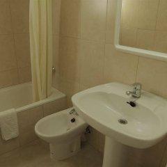 Отель Apartamentos Zodiac Испания, Льорет-де-Мар - отзывы, цены и фото номеров - забронировать отель Apartamentos Zodiac онлайн ванная фото 2