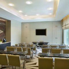 Отель Hilton Capital Grand Abu Dhabi фото 2