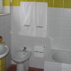 Отель Moinhos Da Tia Antoninha Моимента-да-Бейра ванная
