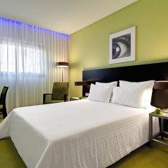 SANA Capitol Hotel комната для гостей