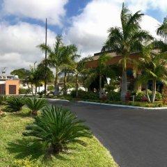 Отель Days Inn by Wyndham Sarasota Bay парковка