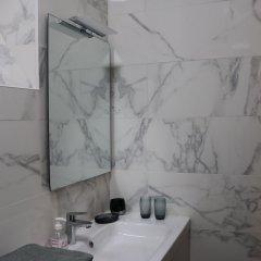 Апартаменты Hip Classic And Central Apartment Париж ванная