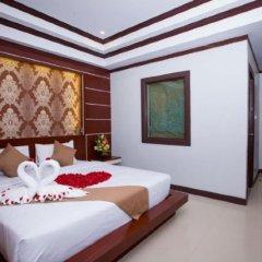 Отель Phi Phi Andaman Resort сейф в номере