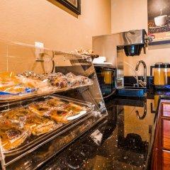 Отель Americas Best Value Inn-South Gate Downey США, Южные ворота - отзывы, цены и фото номеров - забронировать отель Americas Best Value Inn-South Gate Downey онлайн питание