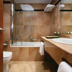 Отель Silken Amara Plaza Испания, Сан-Себастьян - 1 отзыв об отеле, цены и фото номеров - забронировать отель Silken Amara Plaza онлайн ванная