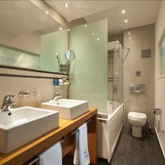 Tropical Hotel Афины ванная