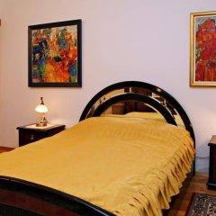 Отель Guest House De Charme Pri Baba Lili Болгария, Кюстендил - отзывы, цены и фото номеров - забронировать отель Guest House De Charme Pri Baba Lili онлайн комната для гостей фото 3