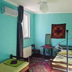 Отель Diwan Hostel Грузия, Тбилиси - отзывы, цены и фото номеров - забронировать отель Diwan Hostel онлайн комната для гостей фото 3