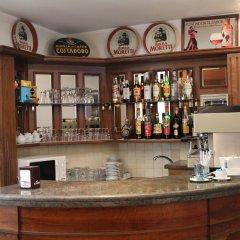 Hotel Italia гостиничный бар