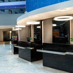 Отель Crowne Plaza London Heathrow T4 Великобритания, Лондон - отзывы, цены и фото номеров - забронировать отель Crowne Plaza London Heathrow T4 онлайн интерьер отеля фото 2