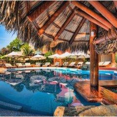 Отель Embarc Zihuatanejo бассейн фото 3
