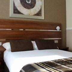 Huttons Hotel сейф в номере