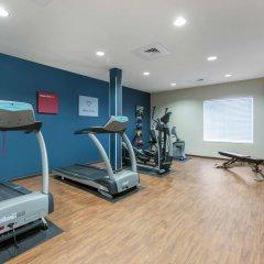 Отель Comfort Suites Sarasota - Siesta Key фитнесс-зал фото 4