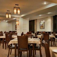 Отель Рамада Ташкент Узбекистан, Ташкент - отзывы, цены и фото номеров - забронировать отель Рамада Ташкент онлайн питание фото 2
