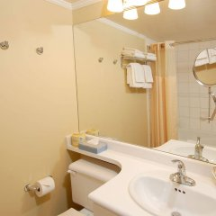 Отель Robson Suites Канада, Ванкувер - отзывы, цены и фото номеров - забронировать отель Robson Suites онлайн ванная
