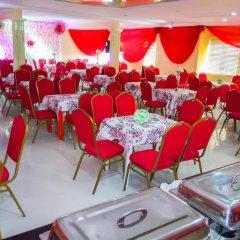 Отель Keves Inn and Suites Нигерия, Калабар - отзывы, цены и фото номеров - забронировать отель Keves Inn and Suites онлайн помещение для мероприятий