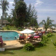 Отель Gooddays Lanta Beach Resort Таиланд, Ланта - отзывы, цены и фото номеров - забронировать отель Gooddays Lanta Beach Resort онлайн бассейн фото 3