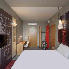 Отель Ibis Riga Centre Латвия, Рига - 7 отзывов об отеле, цены и фото номеров - забронировать отель Ibis Riga Centre онлайн комната для гостей фото 3