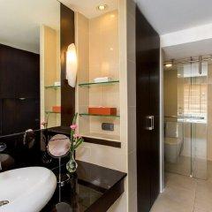 Отель Ramada Plaza by Wyndham Bangkok Menam Riverside ванная фото 2