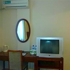GreenTree Inn Chengdu Kuanzhai Alley RenMin Park Hotel сейф в номере