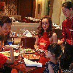 Отель Crowne Plaza West Hanoi питание фото 2