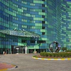 Отель Hilton Capital Grand Abu Dhabi ОАЭ, Абу-Даби - отзывы, цены и фото номеров - забронировать отель Hilton Capital Grand Abu Dhabi онлайн парковка