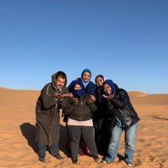 Отель Bivouac Erg Znaigui Марокко, Мерзуга - отзывы, цены и фото номеров - забронировать отель Bivouac Erg Znaigui онлайн приотельная территория