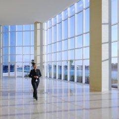 Отель JW Marriott Marquis Dubai ОАЭ, Дубай - 2 отзыва об отеле, цены и фото номеров - забронировать отель JW Marriott Marquis Dubai онлайн спортивное сооружение