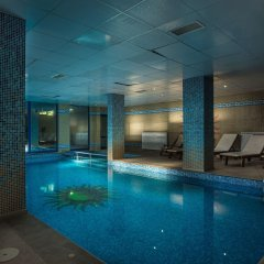 Отель Mountain Lake Hotel Болгария, Чепеларе - отзывы, цены и фото номеров - забронировать отель Mountain Lake Hotel онлайн бассейн