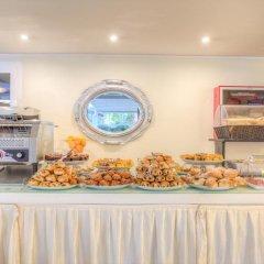 Отель Ferretti Beach Resort Римини питание фото 2