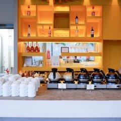 Отель The Beach Heights Resort Таиланд, Пхукет - 7 отзывов об отеле, цены и фото номеров - забронировать отель The Beach Heights Resort онлайн фитнесс-зал фото 4