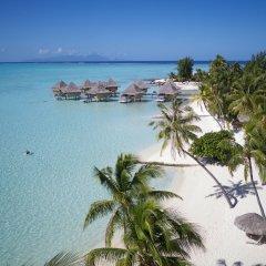 Отель InterContinental Le Moana Resort Bora Bora пляж