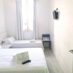 Отель DingDong Express комната для гостей фото 14