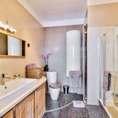Отель Quartier Latin - Romantic Luxury & Family Apart ванная